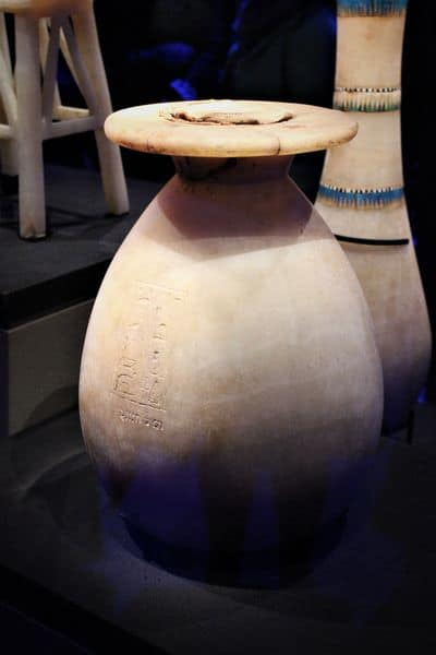 A white vase in the Tutankhamun exhibition.