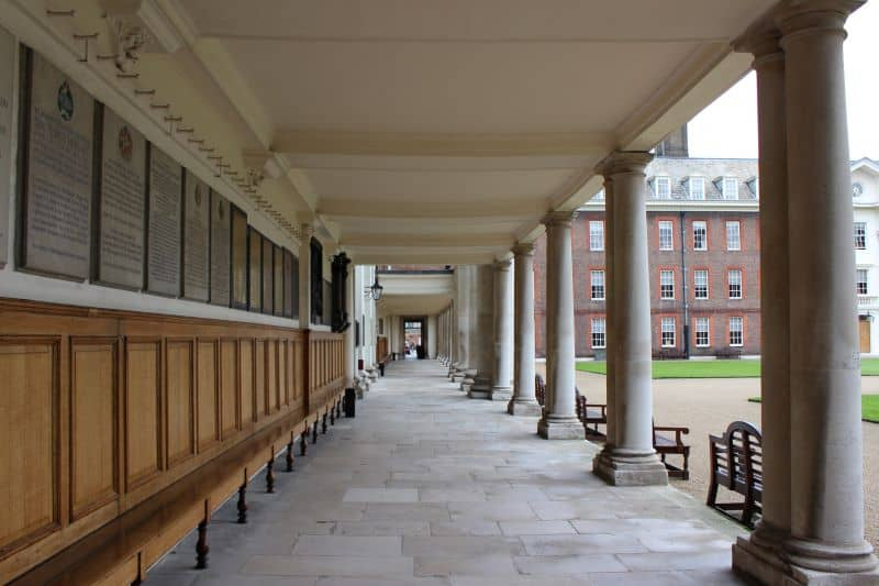 The colonade at the Chelsea Hospital.
