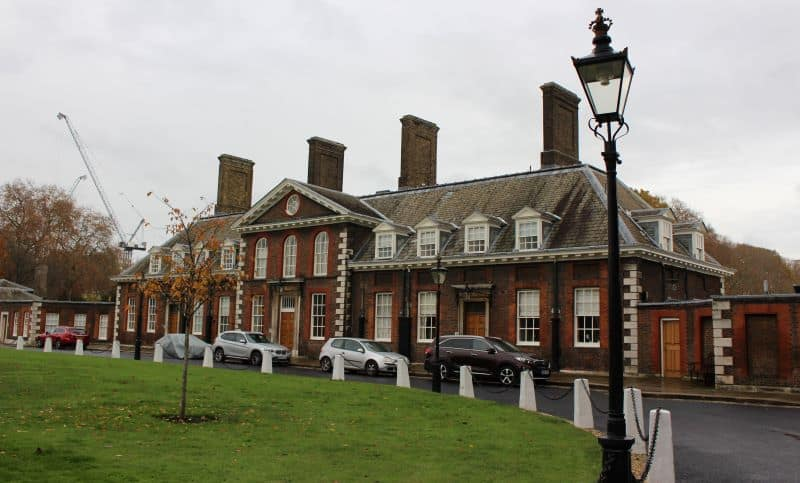 The exterior of the Royal Chelsea Hospital