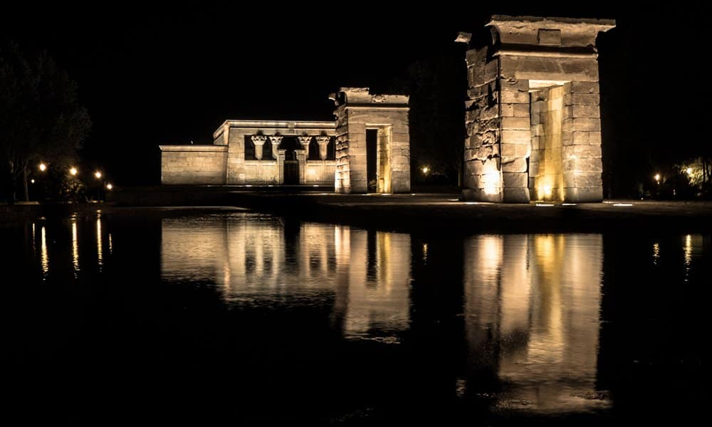 Temple Debod: An Ancient Egyptian Temple in Parque del Oeste, Madrid