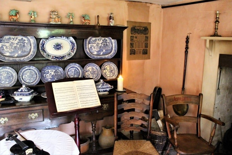 The parlour inside Hardys birthplace .