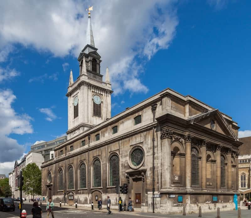 The exterior of St lawrence Jewry next Guildhall in London.