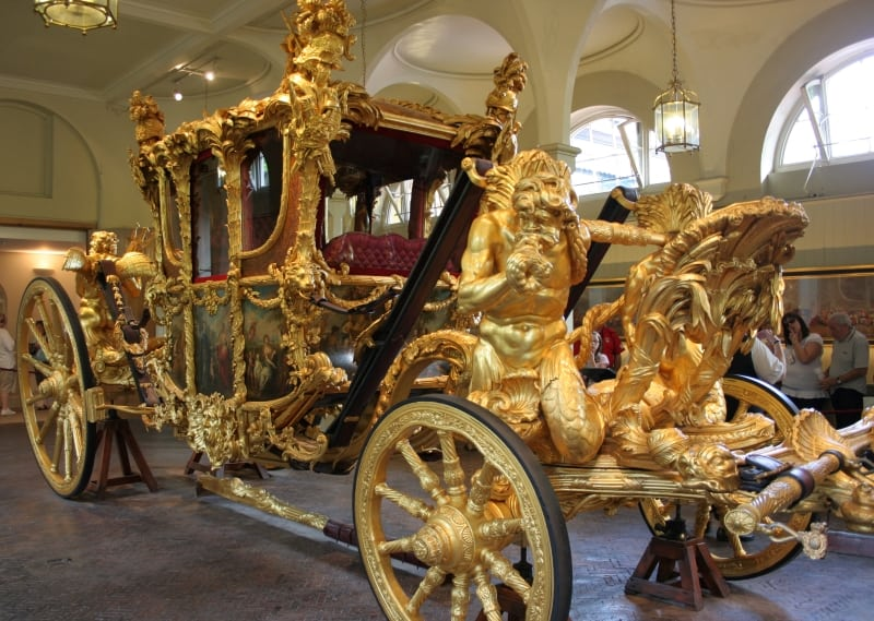 The golden carriage used by the royal family.