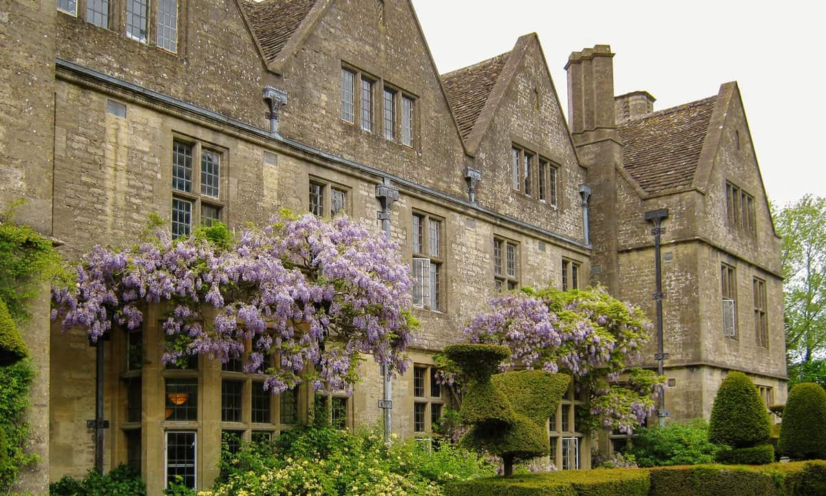 Rodmarton Manor with the wisteria in full bloom.