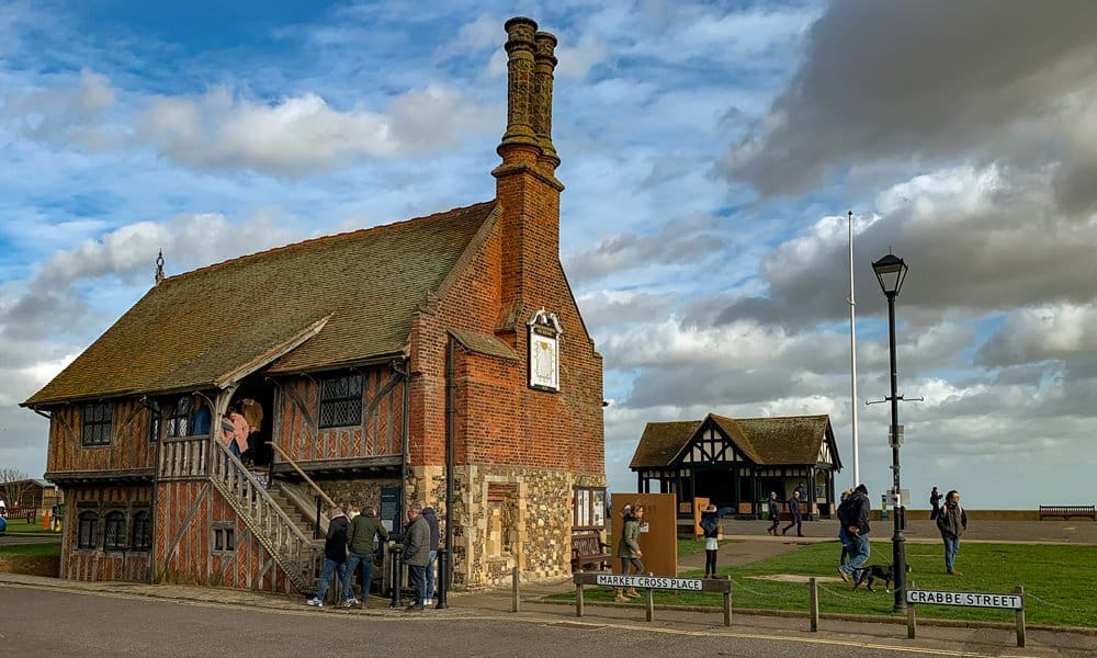 The seafront location of Moot Hall in Aldeburgh.