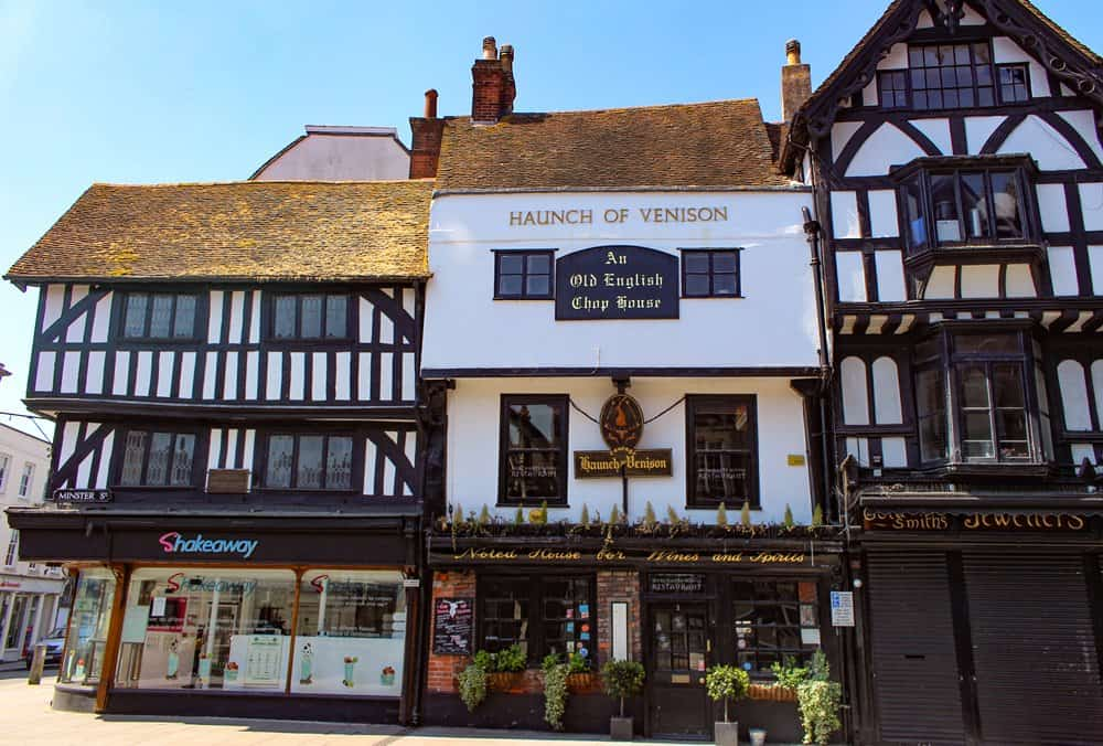 The exterior of the Haunch of Venison, one of Salisbury's historic pubs.