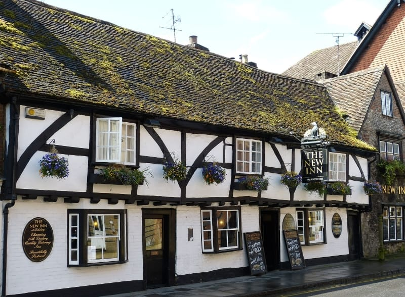 The exterior of the medieval New Inn pub in Salisbury.