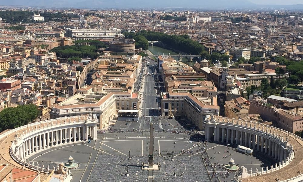 The passetto runs from the Vatican to Castel Sant'Angelo.