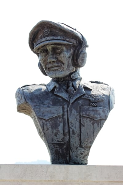 A close up of the bust on top of the memorial to the Air Observation Corps.