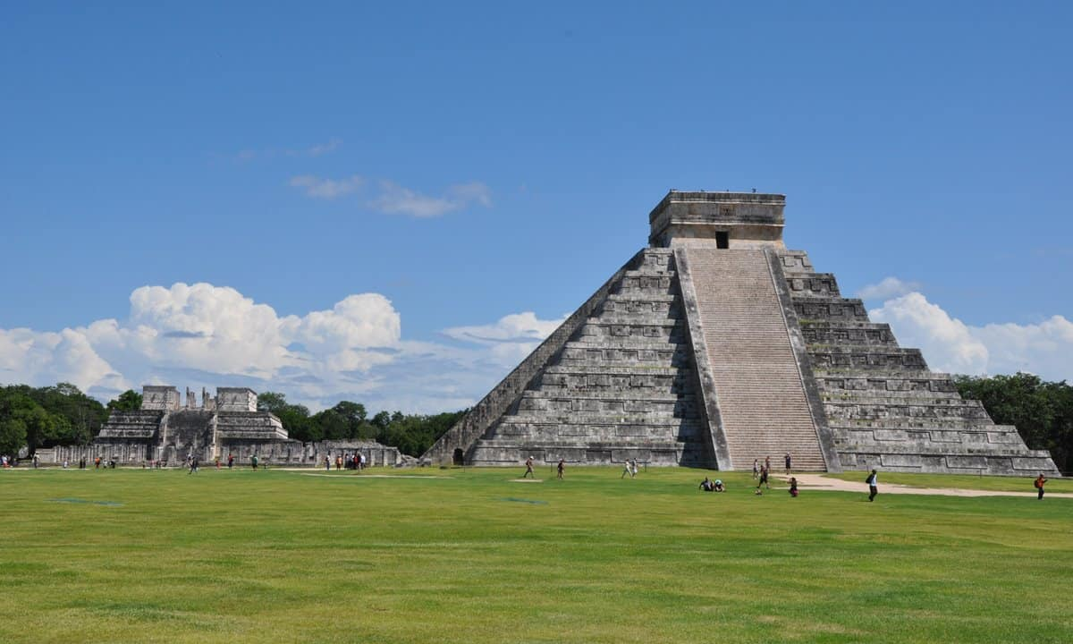 Two temples at Chichen Itza, Temple of the Warriors and Temple of Kukulcán.