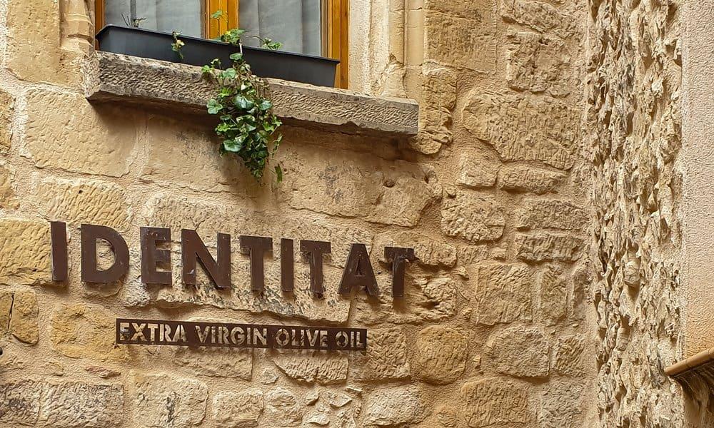 Identitat sign in Horta de Sant Joan.
