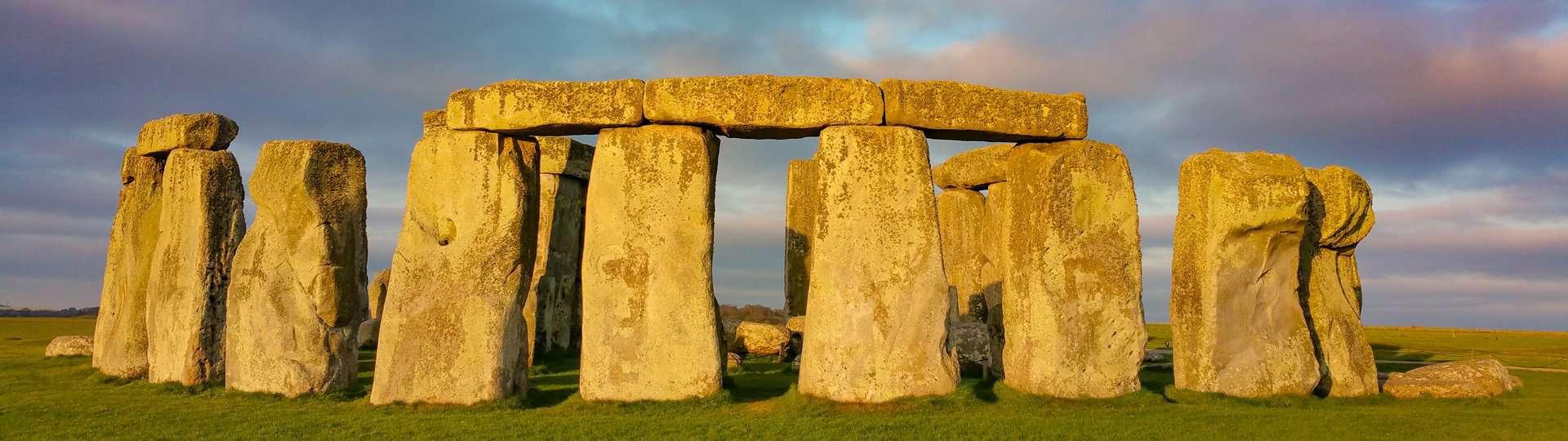 Archaeology Travel   Avebury & Stonehenge   2