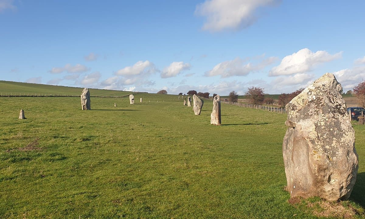 Two parallel lines of stone that make up what is called the avenue.