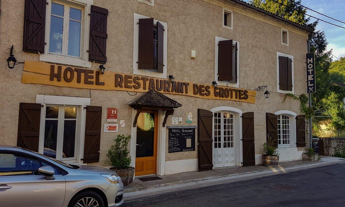 The entrance to Hôtel Restaurant des Grottes du Pech Merle in Cabrerets.