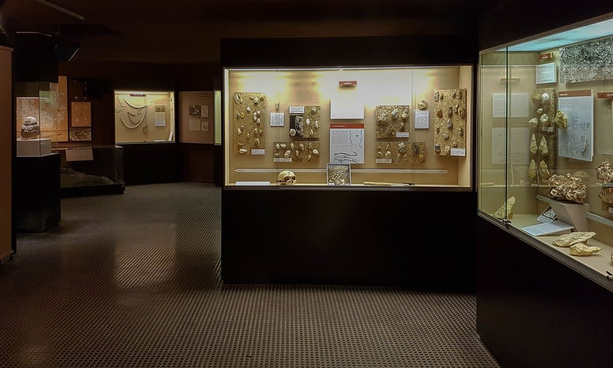 Displays of Stone Age archaeology in the Musée Amédée Lemozi.