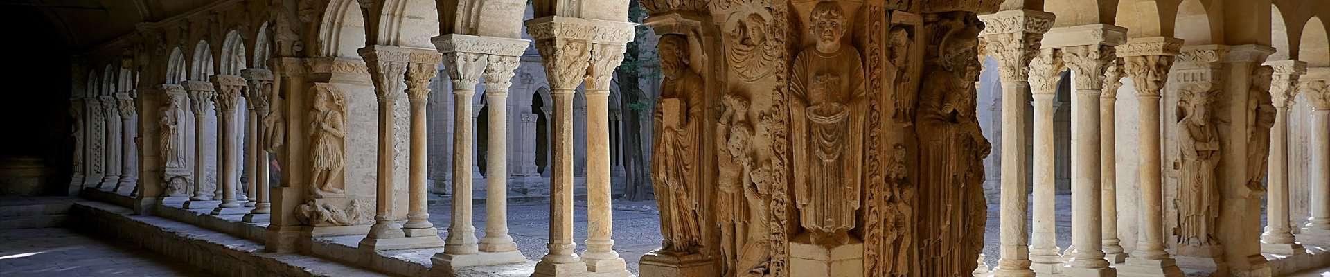 Archaeology Travel | Provence | 1