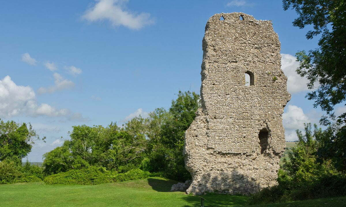Ruins of the Norman motte and bailey Bramber Castle.